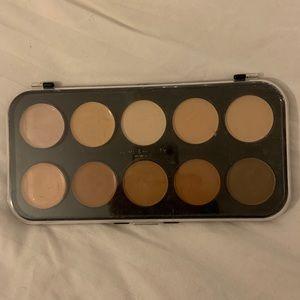 Love beauty concealer/bronze palette